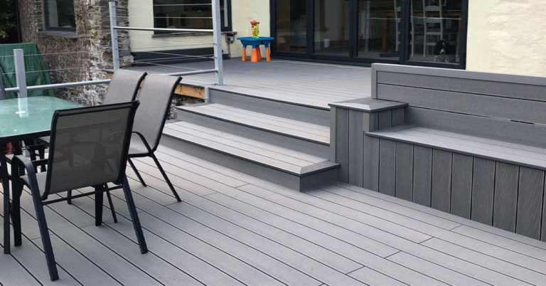 Differences about wooden decking and composite decking